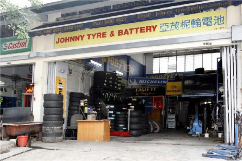 Johnny tyre battery
