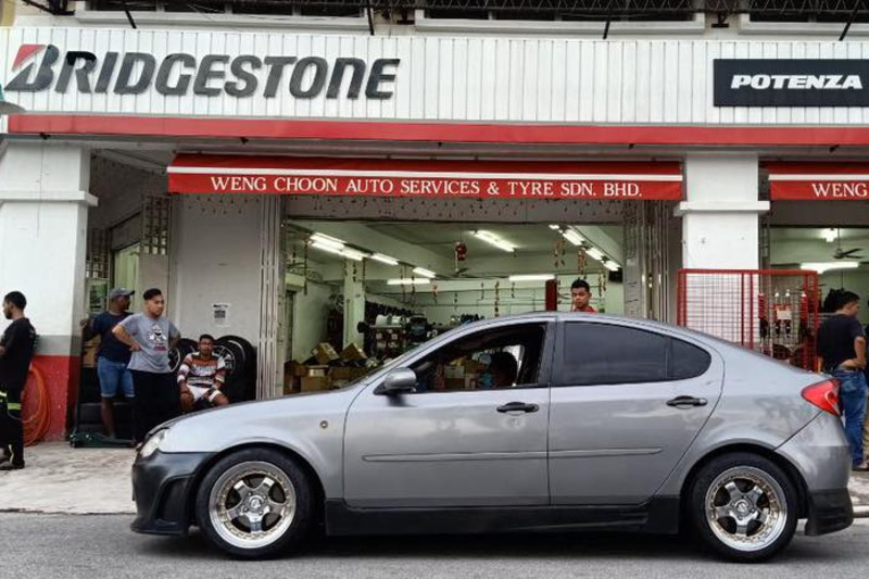 Weng Choon Auto Services & Tyre (Cheras)