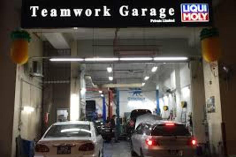 Teamwork garage